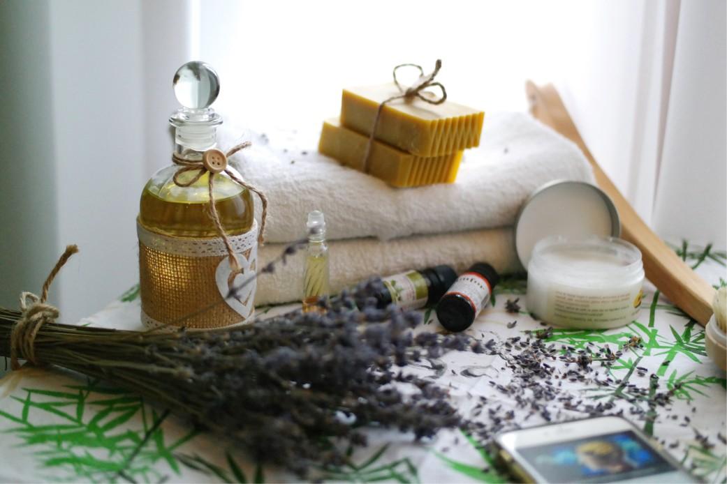 Lavendel Öl gegen Milben